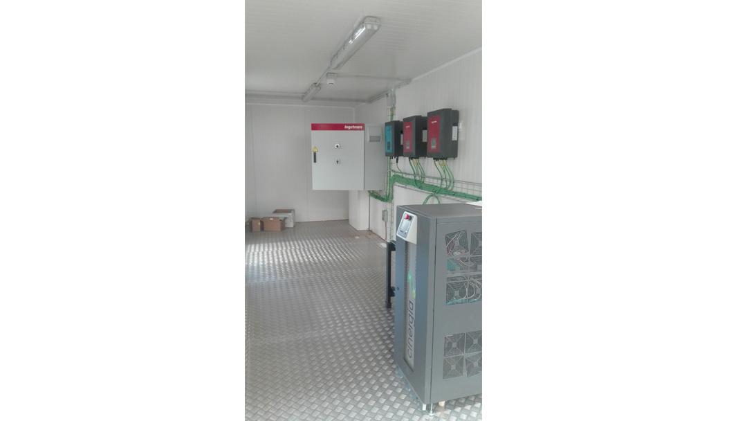 2 Contenedores para test de baterías (5)